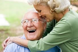 Cuidados de los implantes dentales en vacaciones